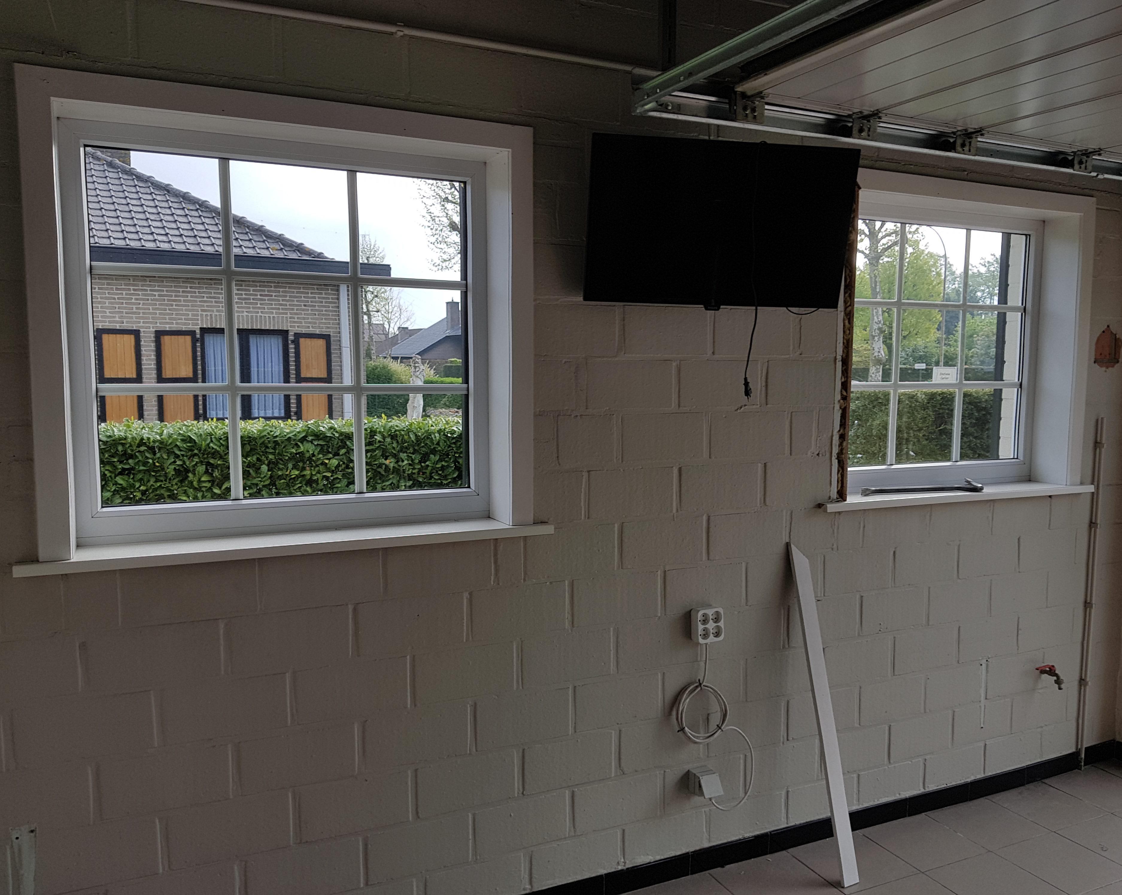 Buitenschrijnwerk te vernieuwen ramen garage Zafelare 3