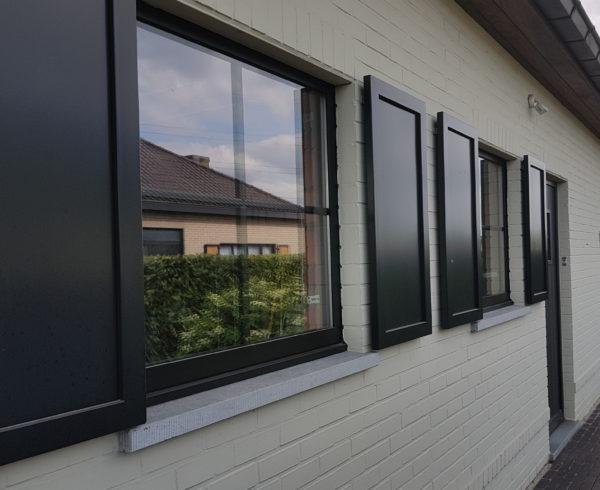 PVC ramen vervangen
